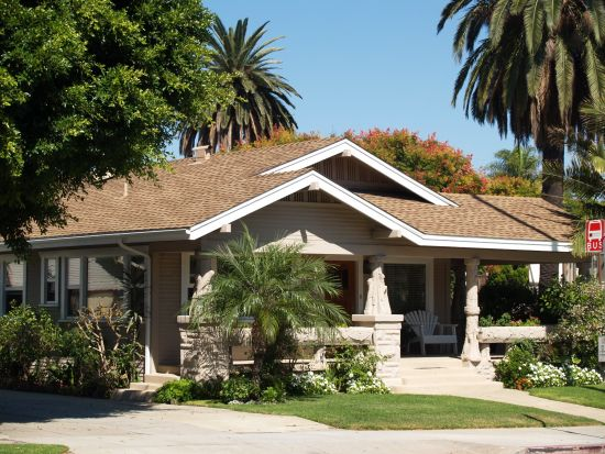 Cal bungalow craftsman and bungalow homes for sale for Craftsman style bungalow for sale